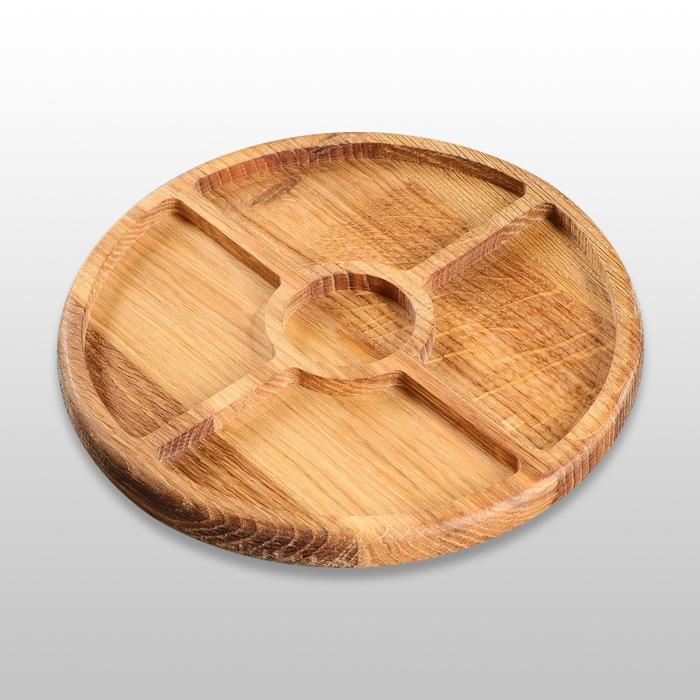 Тарелка для закусок с соусником 250х250х20мм из бука