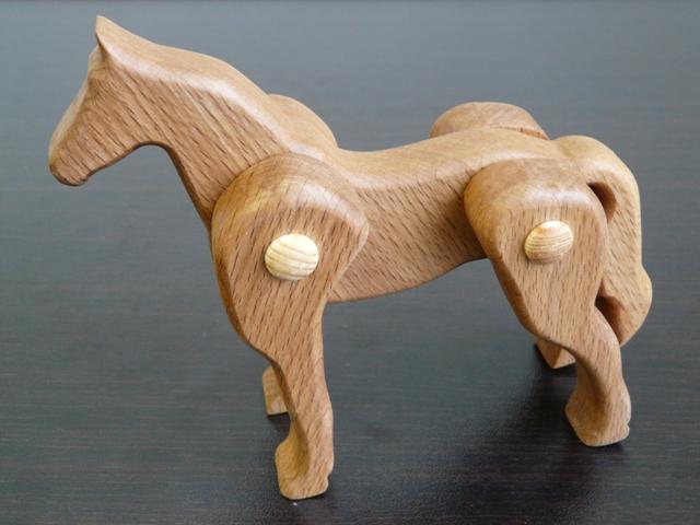 Фигурка лошади