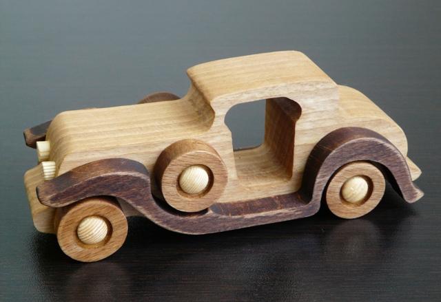 Деревянная ретро машинка №2