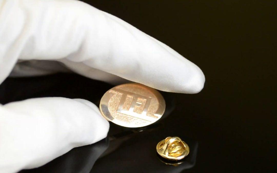 Изготовление значков из золота