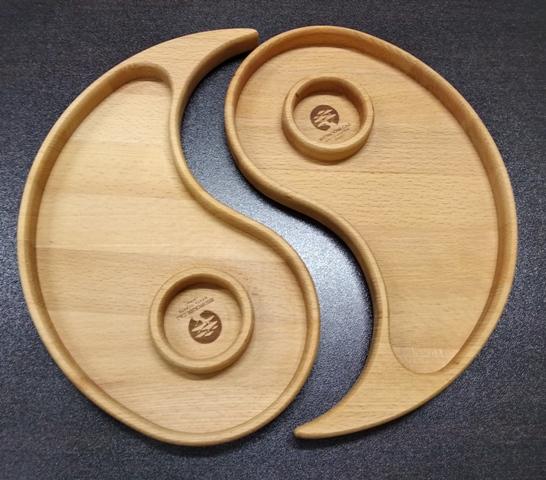 Раздельная деревянная менажница Инь-Янь